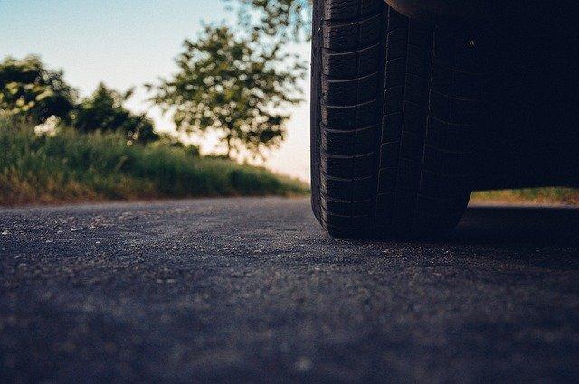 Качественные летние шины для автомобиля