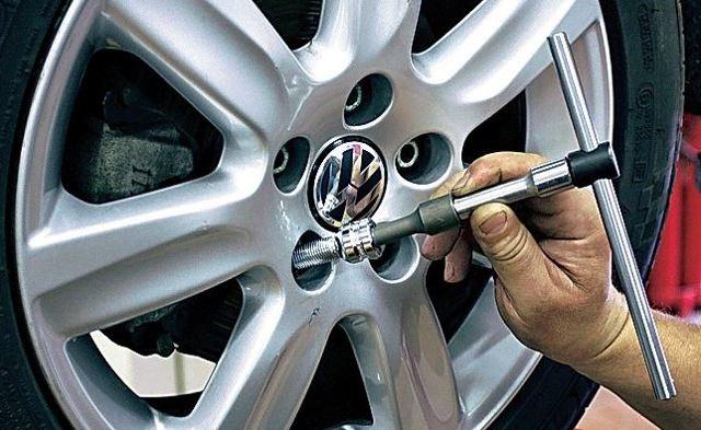 Секретки на колеса: как подобрать гайки по марке автомобиля, какие лучше