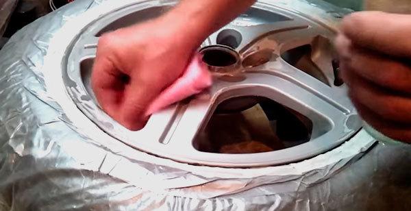 Покраска штампованных дисков, тюнинг своими руками, чем окрасить штамповки