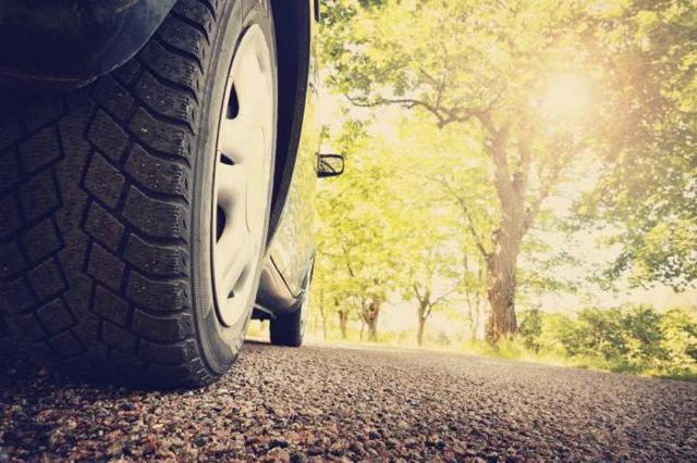 Почему гудит летняя резина: гул от колес при движении на скорости, что делать