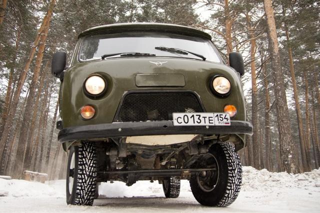 Резина на УАЗ: зимние шипованные и российские всесезонные шины 225 75 16 на УАЗ