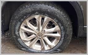 Сколько можно проехать на спущенном колесе: можно ли ехать с пробитым колесом