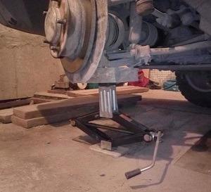 Ступица переднего колеса Форд Фокус 2, устройство ступицы на Шевроле Нива
