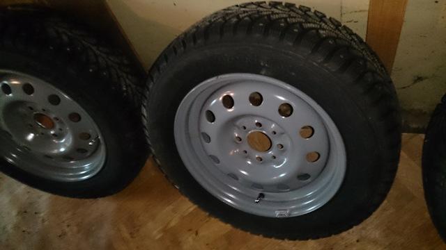 Зимняя резина на Гранту лифтбек: какие зимние шины лучше на Лада Гранта