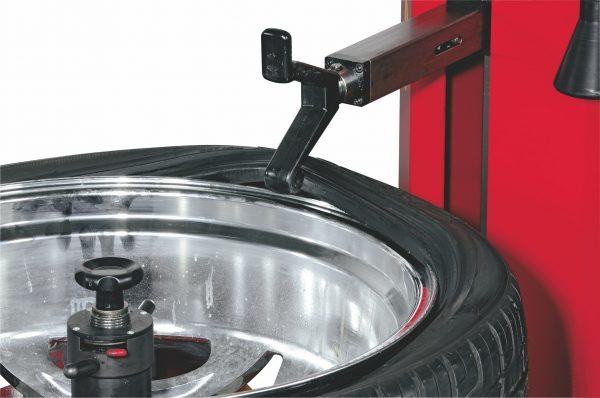 Как разбортировать колесо автомобиля в домашних условиях своими руками