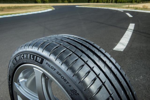 Всесезонные шины r16: всесезонная резина 215 65 r16, 195 75 r16c и 245 70 r16