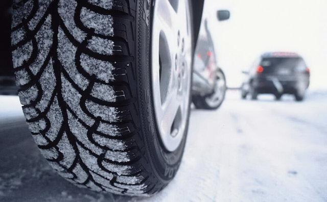 Износ шин: индикатор износа протектора резины, виды износа колес и причины