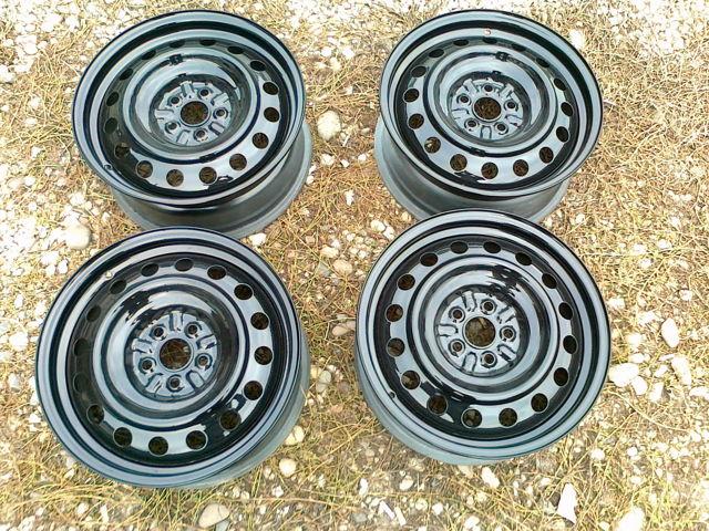 Штампованные диски: что такое штампованные колесные диски Понтиак Вайб r13, r18