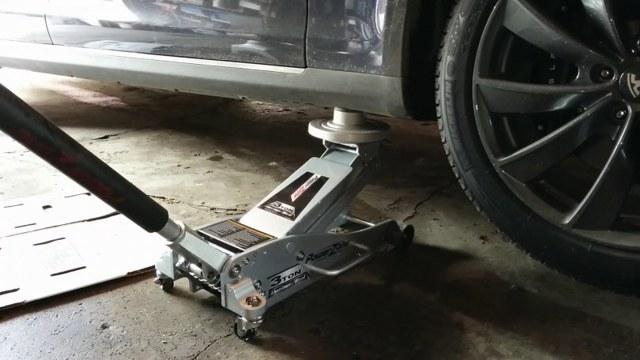 Домкрат подкатной для автомобиля: устройство, схемы, профессиональный рейтинг